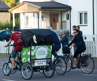 Peace & Love: Cycle Taxi