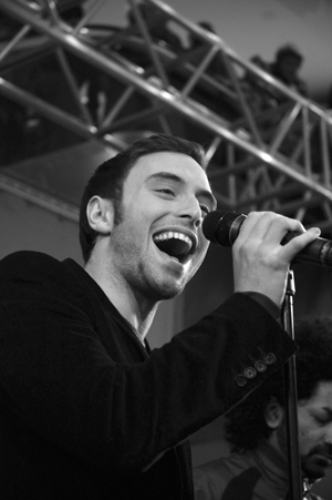 Måns Zelmerlöw on tour